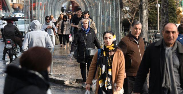 Bild från Teheran under torsdagen. Vahid Salemi / TT NYHETSBYRÅN