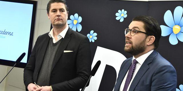 Oscar Sjöstedt och Jimmie Åkesson. Claudio Bresciani/TT / TT NYHETSBYRÅN