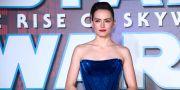 """Brittiska skådespelaren Daisy Ridley spelar återigen Rey Skywalker i nya filmen """"The rise of Skywalker"""". Joel C Ryan / TT NYHETSBYRÅN"""