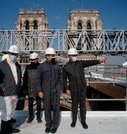 Emmanuel Macron på taket till Notre-Dame Benoit Tessier / TT NYHETSBYRÅN