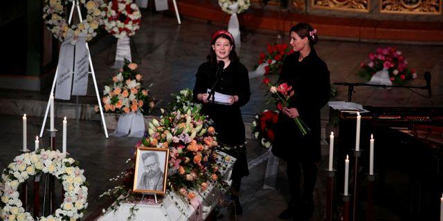 Ari Behns dotter Maud Angelica tillsammans med sin mamma prinsessan Märtha Louise. NTB SCANPIX / TT NYHETSBYRÅN