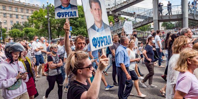 Demonstranter i Chabarovsk.  Igor Volkov / TT NYHETSBYRÅN