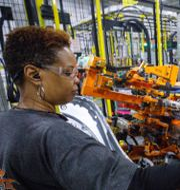 GM-arbetare i Fort Wayne, Indiana. Arkivbild. Shutterstock