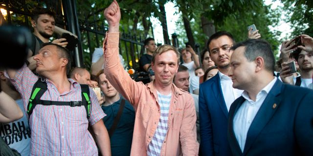 Ivan Golunov släpptes fri efter en knapp vecka. Alexander Zemlianichenko / TT NYHETSBYRÅN