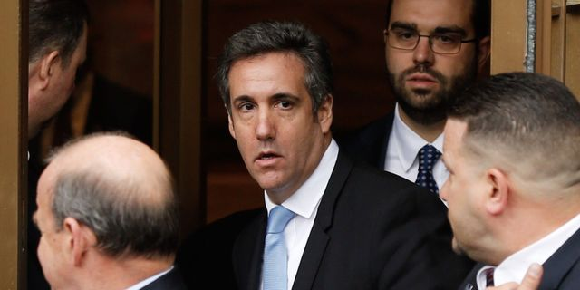 Michael Cohen utanför domstolen i New York.  EDUARDO MUNOZ ALVAREZ / AFP