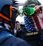 Många amerikaner oroar sig för våld efter valet. John Locher / TT NYHETSBYRÅN