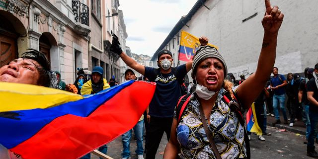 Demonstranter i Quito. MARTIN BERNETTI / AFP