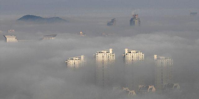 Smog i kineiska staden Wenling. Arkivbild. TT NYHETSBYRÅN/ NTB Scanpix