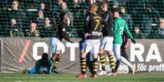 AIK:s Karol Mets orsakade en straff för J-Södra, JOHANNA LUNDBERG / BILDBYRÅN