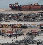 Hamnen efter explosionen. Hussein Malla / TT NYHETSBYRÅN