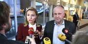 Kristdemokraternas partiledare Ebba Busch Thor (KD) och Vänsterpartiets partiledare Jonas Sjöstedt (V). Claudio Bresciani/TT / TT NYHETSBYRÅN