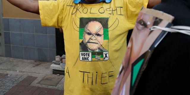 Zuma brot mot konstitutionen