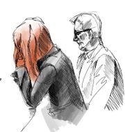 Teckning från rättegången mot mamman.  Johan Hallnäs/TT / TT NYHETSBYRÅN