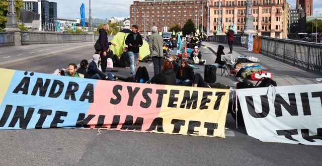 Klimataktivister från miljöorganisationen Extinction Rebellion manifesterar i Stockholm. Lars Schröder / TT / TT NYHETSBYRÅN