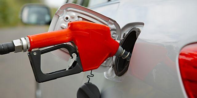 Bensinpriset vander upp