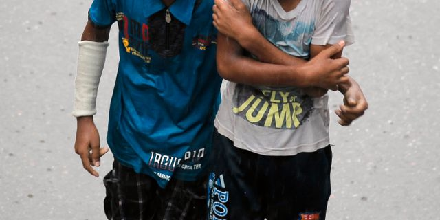 Valdtaktsdomd jobbar med flyktingbarn