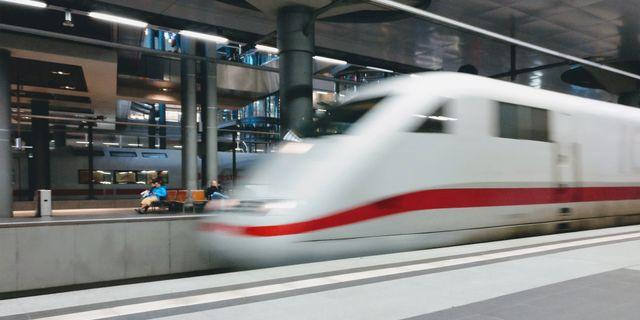 Snart ska det bli lättare att ta tåget ut i Europa,  men projektet riskerar att bli dyrt. Pexels