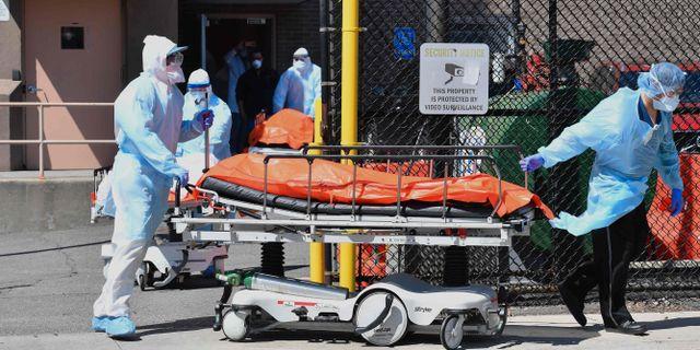 Sjukvårdspersonal i New York. ANGELA WEISS / TT NYHETSBYRÅN
