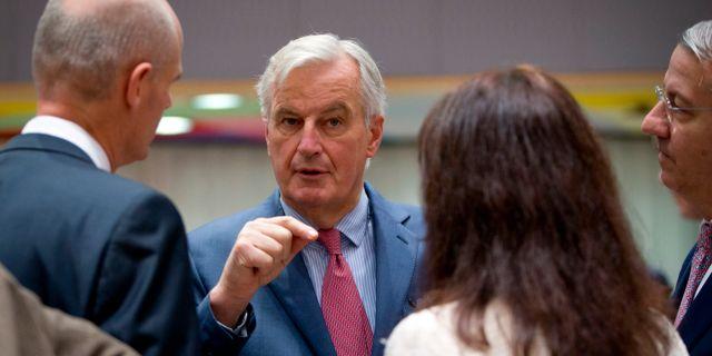 Michel Barnier talar med EU-ministrar i Bryssel på måndagen. Virginia Mayo / TT NYHETSBYRÅN