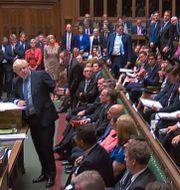 Boris Johnson frågas ut i det brittiska parlamentet. - / PRU