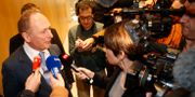 UBS chefsjurist intervjuas efter domen.  Michel Euler / TT NYHETSBYRÅN