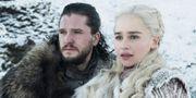 Kit Harington och Emilia Clarke. HBO/Helen Sloane