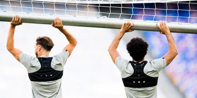 Liverpools Adam Lallana och Mohamed Salah under en träning. Arkivfoto. VEGARD WIVESTAD GRØTT / BILDBYRÅN NORWAY