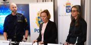 Polis och åklagare berättade om åtalet på en presskonferens.  Ali Lorestani / TT / TT NYHETSBYRÅN