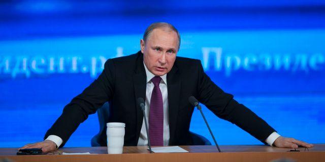 Ryska gazprom hotas med boter