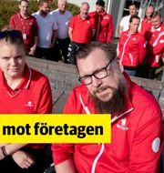 Medarbetare på Hometec Security i Göteborg. I förgrunden Caroline Svensson och Sami Heikkinen. TT
