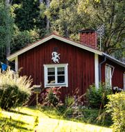 Är det en skärgårdsstuga eller ett torp i skogen du är ute efter?  COLOURBOX