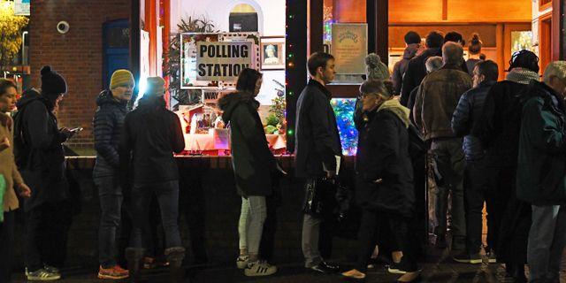 Kö till en vallokal i London. Victoria Jones / TT NYHETSBYRÅN