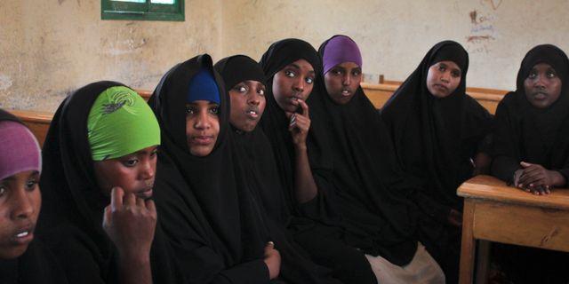 Tonåringar i Hargeisa, Somaliland, undervisas av FN om sina rättigheter, illustrationsbild. 16 februari 2014. Jason Straziuso / TT / NTB Scanpix