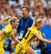 Peter Gerhardsson med landslagsspelare. PETTER ARVIDSON / BILDBYRÅN