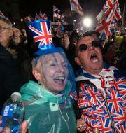 Firande på Parliament square i natt. Jonathan Brady / TT NYHETSBYRÅN