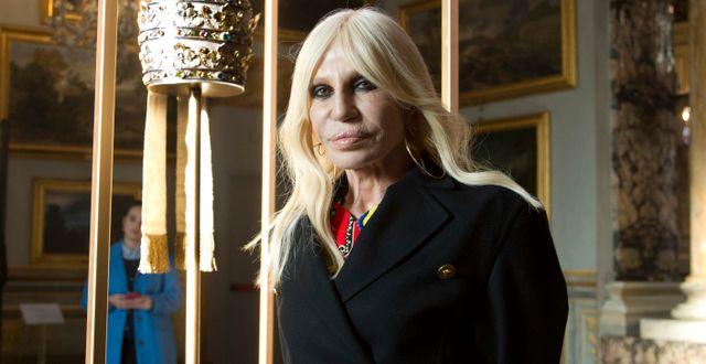 Arkivbild: Donatella Versace.  Domenico Stinellis / TT NYHETSBYRÅN/ NTB Scanpix