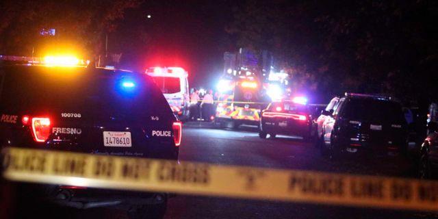 Polis vid brottsplatsen i Fresno.  Larry Valenzuela / TT NYHETSBYRÅN