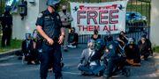 Demonstration utanför fängelse i Kalifornien.  Daniel Kim / TT NYHETSBYRÅN