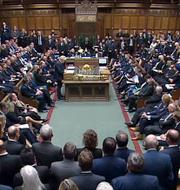 Boris Johnson i det brittiska parlamentet.  Sky News
