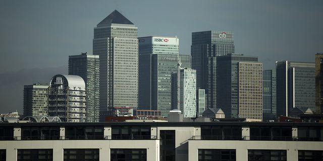 HSBC:s huvudkontor i Londons affärsdistrikt Canary Wharf. Arkivbild. TT