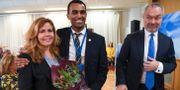 Cecilia Wikström och Said Abdu, Liberalernas toppkandidater till EU-valet. Här tillsammans med partiledaren Jan Björklund. Fredrik Sandberg/TT / TT NYHETSBYRÅN