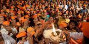 Hinduiska aktivister demonstrerar idag med kravet att få bygga ett tempel på en, enligt dem, helg plats i Ayodhya. Rajanish Kakade / TT NYHETSBYRÅN/ NTB Scanpix