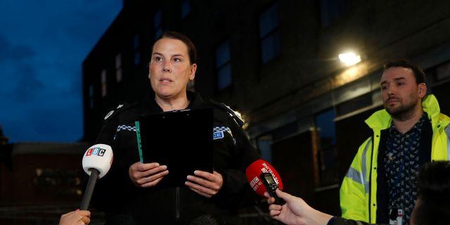 Polisen Pippa Mills håller en presskonferens.  PETER NICHOLLS / TT NYHETSBYRÅN