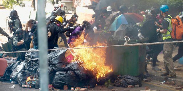 Demonstranter i Hongkong. Achmad Ibrahim / TT NYHETSBYRÅN