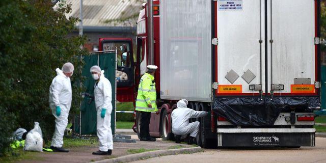 Lastbilen där de 39 migranterna hittades döda igår. TT