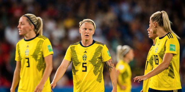 Linda Sembrant, Nilla Fischer and Fridolina Rolfö. SIMON HASTEGÅRD / BILDBYRÅN