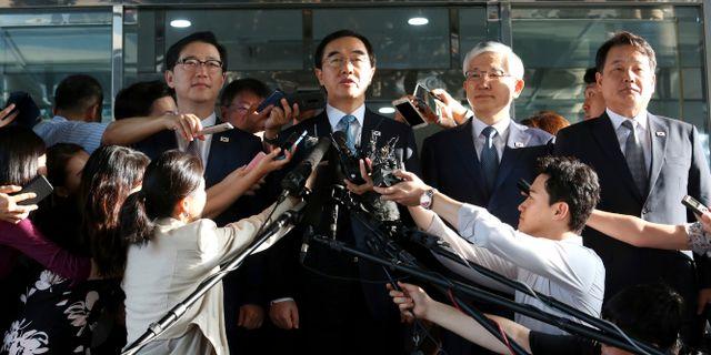 Sydkoreas återföreningsminister Cho Myoung-gyon håller pressträff. Ahn Young-joon / TT NYHETSBYRÅN