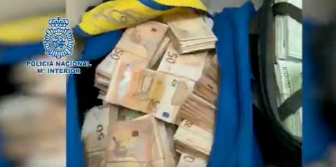 Bild från spanska polisen från insatsen. Spanska polisen