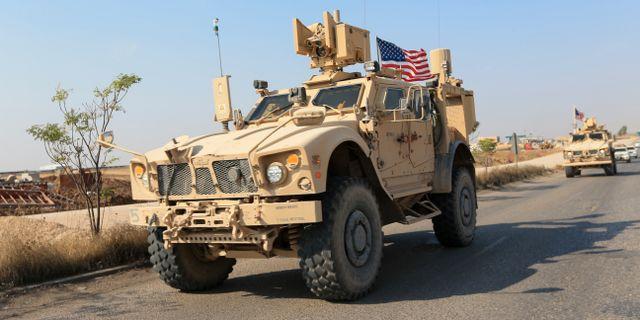 Ett amerikansk militärfordon vid gränsen mellan Syrien och Irak.  ARI JALAL / TT NYHETSBYRÅN