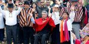 Ecuadors president Lenín Moreno varnar Julian Assange för att lägga sig i landets politik vid en ceremoni i Anderna HENRY ROMERO / TT NYHETSBYRÅN
